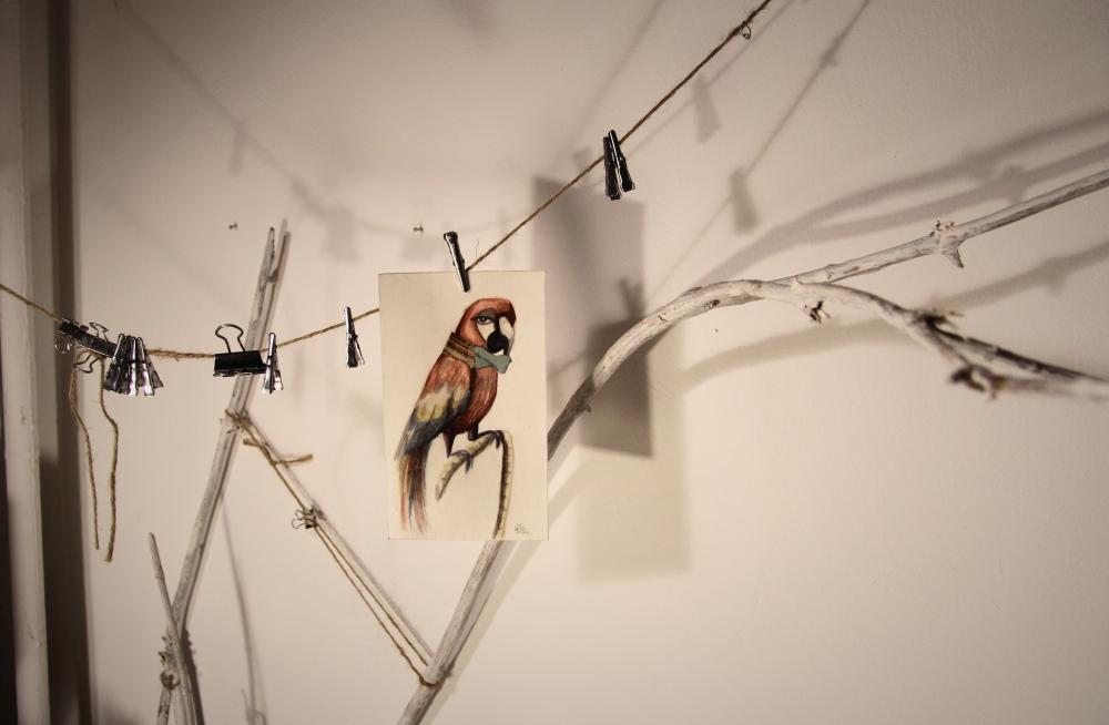 valentina_deluca_illustrator_shadows_atelier_parrot_fotor